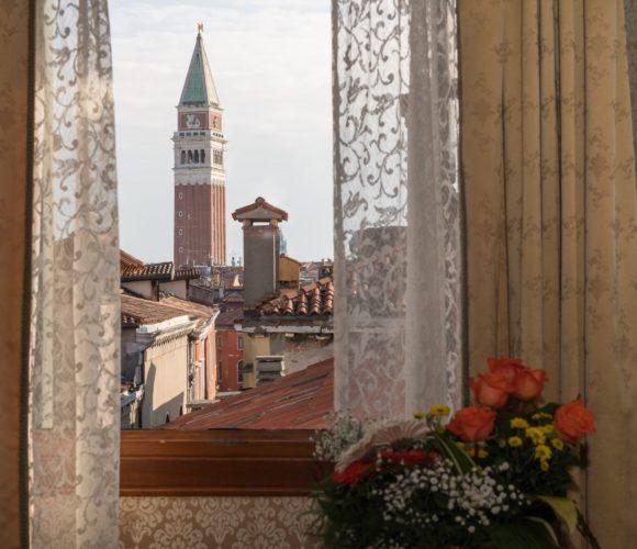 palazzo-bembo-junior-suite-campanile-4